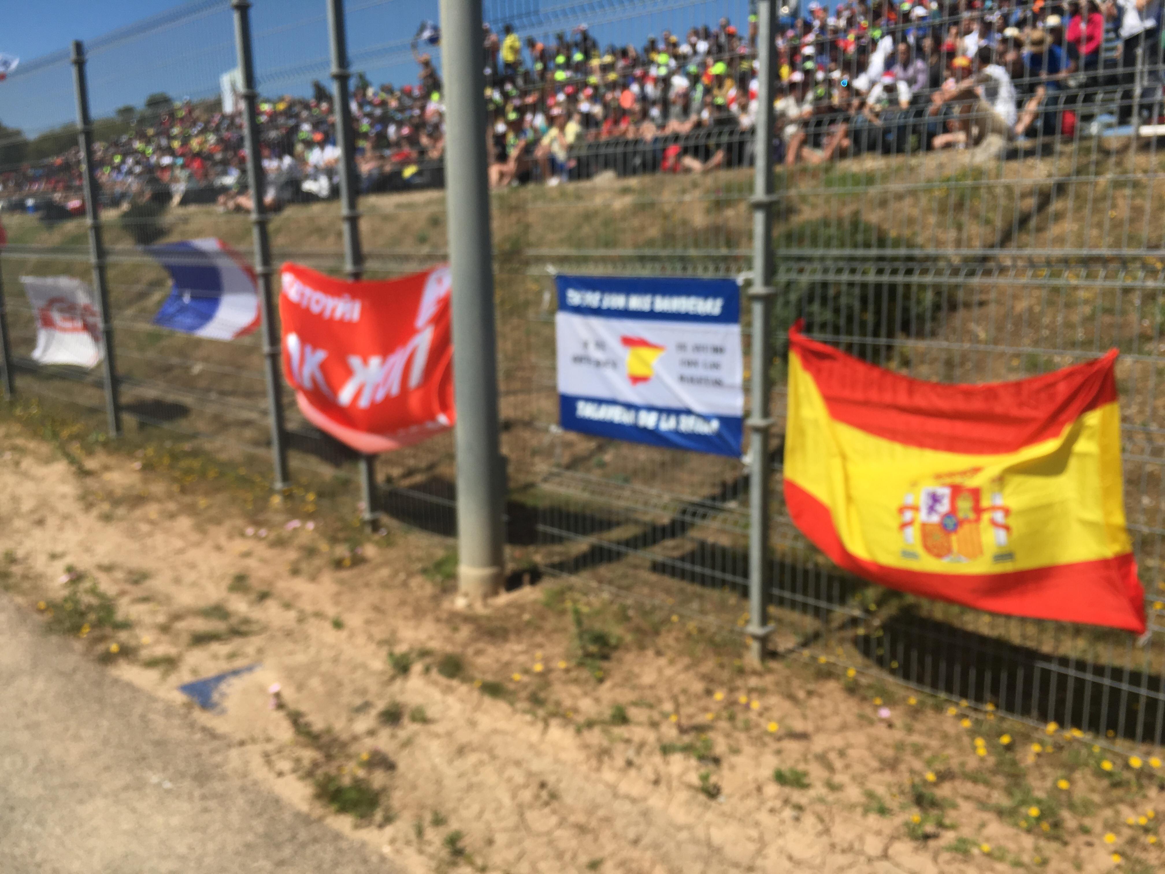 Флаг Ак Жола на Гран При Мото GP в Испании